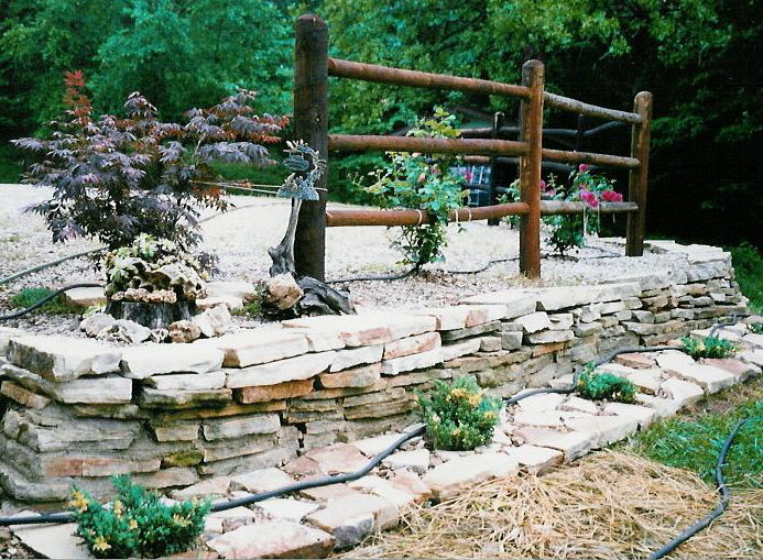 Dry Wall Stacked Stone Edging, MO