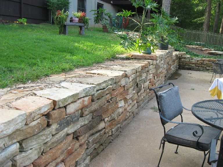 Sturdy Retaining Wall   Thick Flat Stone Dry Stack